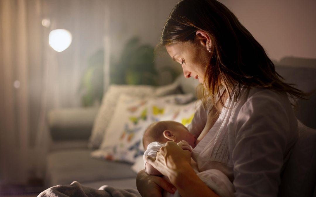 The Benefits of Music Therapy for New Mothers During Postpartum Breastfeeding