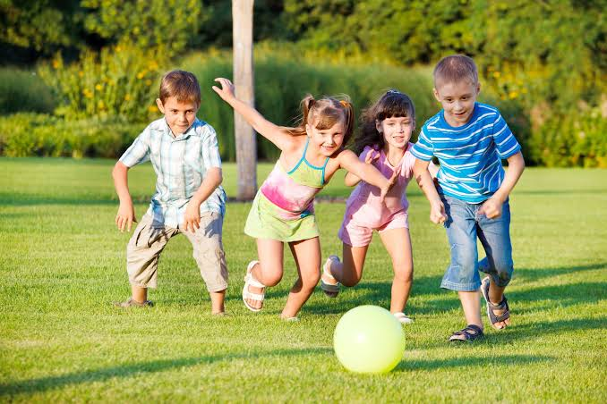 The Benefits of Outside Play for Developing Children
